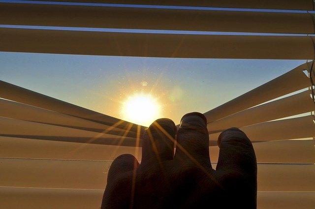žaluzie proti slunci