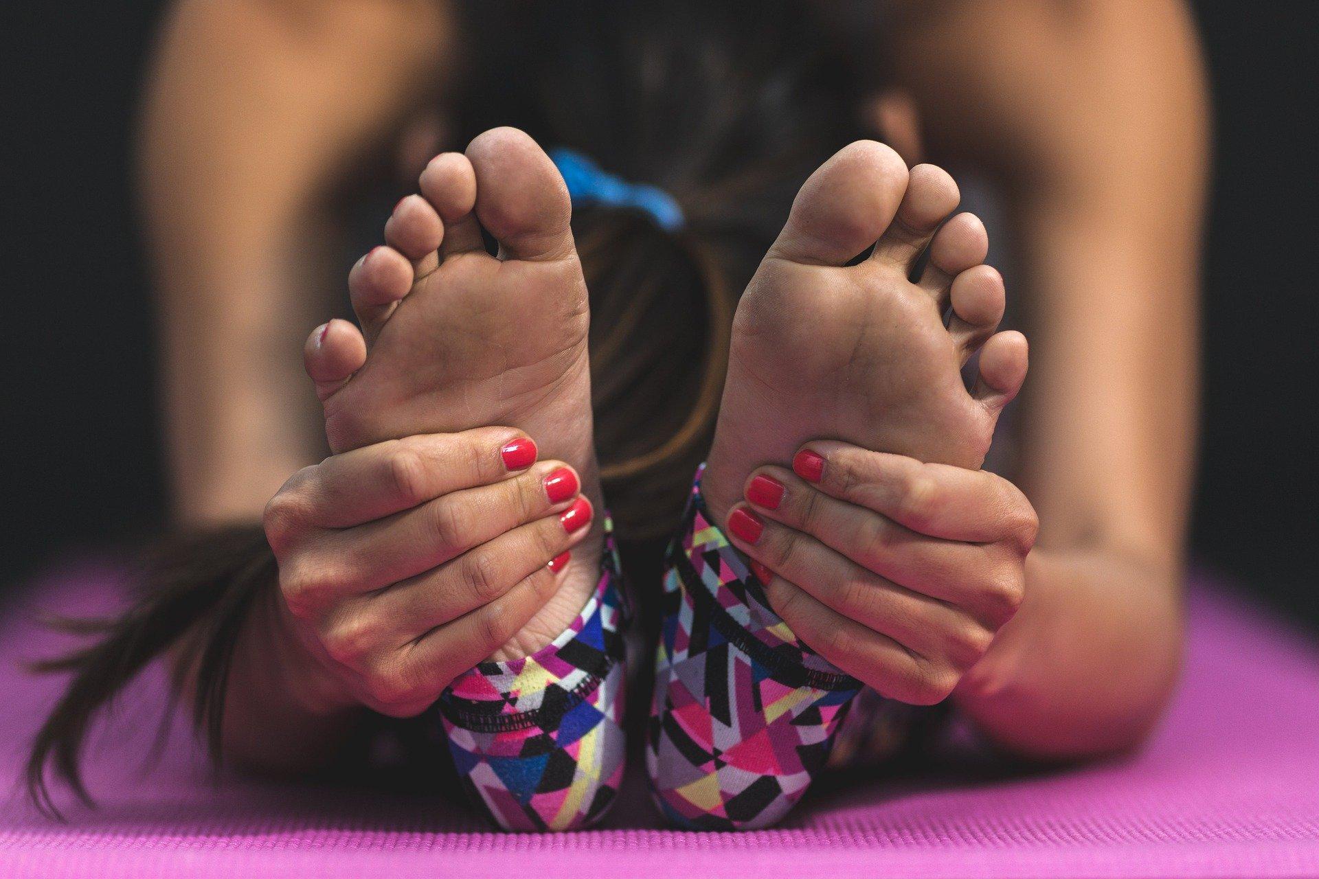 Jóga protahování nohy